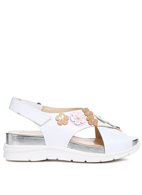 Nine West Dolgu Topuklu Sandalet Beyaz